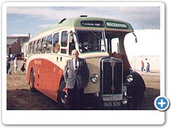 Donald MacCuish with MacBraynes Bus GUS926 1981